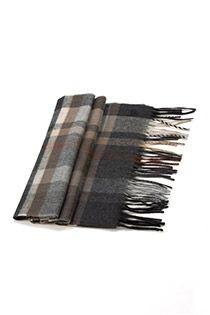 Ruiten sjaal van Kai Balke